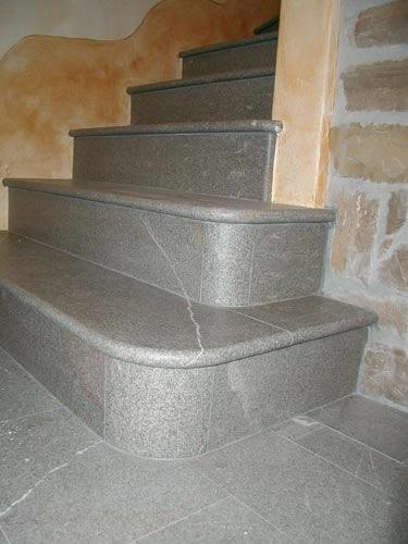 Stufenplatten aus Pietra Piasentina
